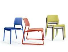 The Spark Series Lounge chair brings energy to every space with its bright colors and unique personality. A perfect balance of design and utility, the chairs are pleasing to the eye, comfortable and versatile | Knoll