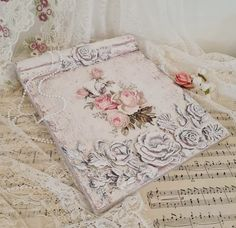 Fashion Project, Vintage Fashion, Vintage Style, Book Making, Shabby Chic Decor, Pink Roses, Decoupage, Wall Art, Projects