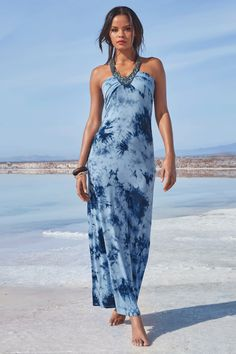 Tribal beading creates a statement neckline on this free-spirited tie-dye maxi dress. Effortless and easy style designed with a halter back and soft feel, this boho-chic look Classy Trends, Boho Trends, Tie Dye Maxi, Tie Dye Skirt, Dress Outfits, Casual Dresses, Summer Dresses, Latest Fashion Dresses, Boston Proper