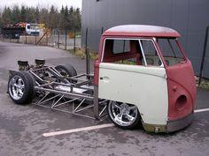 (Custom Chassis Design)