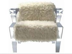 - While some people enjoy classic furniture styles, there are people looking for something different and crazy. Lucite Chairs, Lucite Furniture, Funky Furniture, Classic Furniture, Bed Furniture, Furniture Styles, Accent Furniture, Furniture Design, Transparent Design