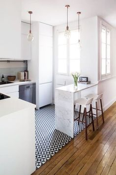 7 Astounding Cool Tips: Kitchen Remodel Ideas Stainless Steel apartment kitchen remodel renovation.Country Kitchen Remodel Hoods small kitchen remodel one wall. Kitchen Flooring, Kitchen Remodel Small, Kitchen Remodel, Kitchen Design Small, Home Kitchens, Kitchen Design, Kitchen Interior, Small Apartment Kitchen, Apartment Kitchen