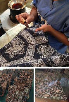 Batik in Yogyakarta, Indonesia Batik Solo, Batik Art, Batik Fashion, Traditional Fabric, Expressive Art, Wood Stamp, Painted Paper, Textiles, Mens Designer Shirts