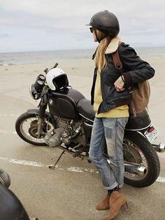 Cafe Racer Girl, Bmw Cafe Racer, Lifestyle Fotografie, Lifestyle Photography, Lady Biker, Biker Girl, Girl Motorcycle, Classic Motorcycle, Motorcycle Quotes