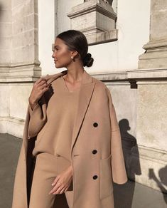 Playlist : Five Songs for the Weekend :: This Is Glamorous – Outfit inspiration – Moda Autumn Look, Mode Outfits, Fashion Outfits, Womens Fashion, Dress Fashion, Fashion Clothes, Fashion Ideas, Fashion Tips, Mode Monochrome