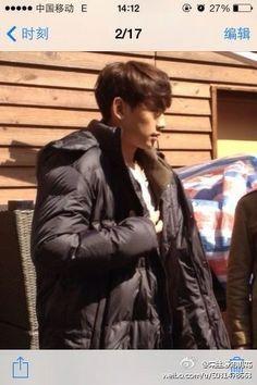 [images] Rain & Liu Yifei on the Roots of Dew (露水红颜/LuShuiHongYan) movie set. (3/13)