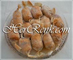 Chicken Wrap-Stuffed chicken breast baked for iftar for guest spicy rice re Videolu Tarif Baked Chicken Breast, Baked Chicken Recipes, Meat Recipes, Chicken Wraps, Iftar, Spicy Rice Recipe, Greek Cooking, Turkish Recipes, Appetisers