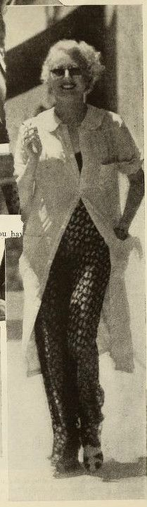 . Hooray For Hollywood, Golden Age Of Hollywood, Classic Hollywood, Old Hollywood, Long To Short Hair, Long Hair Styles, Thelma Todd, Filmmaking, Candid
