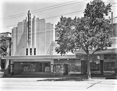 The former Princess Theatre on View St,Bendigo in Victoria. Demolished in the 1960s. •State Library of Victoria•