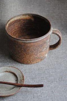 Takuya Hayashi Make-up-baked mug (thick) It is the thing of the writer Things pottery, Japanese dishes sale [WAGOKORO] Pottery Mugs, Ceramic Pottery, Pottery Art, Thrown Pottery, Slab Pottery, Japanese Ceramics, Japanese Pottery, Japanese Dishes, Clay Cup