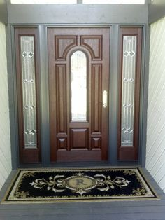 No single feature will enhance the curb appeal of your home as much as the perfect front door. Like a radiant smile, the impression is powerful and long lasting. So choosing the right entry door is important. Pella Fiberglass Entry Doors are elegant and durable. Our lifelike woodgrain textures and stains radiate all the warmth, charm and natural beauty of real wood, but with all the durability of fiberglass construction.