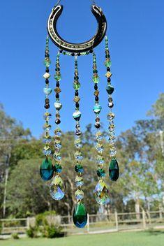 Horseshoe Projects, Horseshoe Crafts, Horseshoe Art, Horseshoe Ideas, Beaded Horseshoe, Diy Wind Chimes, Crystal Beads, Clear Crystal, Crystal Decor