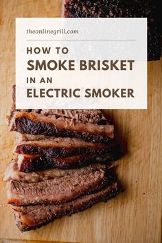 Smoker Recipes 82046 Here's a great guide on how to smoke brisket, but this time in an electric smoker. Using a BBQ electric smoker is an easy way to smoke brisket without compromising on that great barbecue taste. How To Cook Brisket, Bbq Brisket, Smoked Beef Brisket, Braised Brisket, Bbq Beef, Best Smoked Brisket Recipe, Smoked Meat Recipes, Beef Recipes, Spinach Recipes