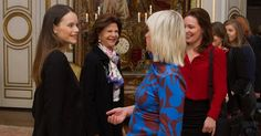 Princess Sofia Hellqvist Emma Israelsson Gold Diamond Necklace, Gant Betty Mid Boot