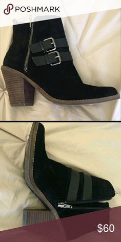 Dolce Vita Awesome Boots zippers on both sides. Beautiful comfortable booties, run small. Reposh, just want what I paid. No signs of wear. Perfect for 7 1/2. Firm, getting less than what I paid with 20% taken. Did not fit, too small. Dolce Vita Shoes Ankle Boots & Booties