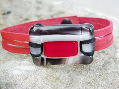 red leather bracelet and fused glass / women jewlery bracelet leather fused glass cuff / fused glass bracelet