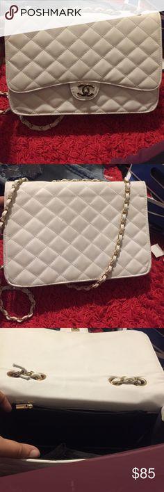 White crossbody Cute bag! Bags Crossbody Bags