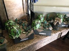 Army center pieces