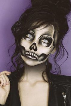Looking for for ideas for your Halloween make-up? Browse around this website for cute Halloween makeup looks. Amazing Halloween Makeup, Halloween Makeup Looks, Halloween Halloween, Halloween Skeleton Makeup, Sugar Skull Halloween, Vintage Halloween, Diy Skeleton Costume, Easy Skeleton Makeup, Black Dress Halloween Costume