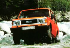 Here Are Some Pictures Of An Isuzu Trooper In A Stream