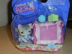 Hasbro Year 2004 Littlest Pet Shop Gray Kitty Cat with Blue Scarf / Yarn…