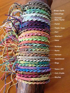 Liste est pour un bracelet d'amitié panaché corde de chanvre à la main ou bracelet de cheville en carré ou torsion de Style de nœud.  panaché de 17 variétés de cordon chanvre actuellement disponibles - Brown Earth, Camouflage, Carrousel, Baby Pastel, Pastel, violet Haze(Party), Flirt, sorbet, Neon, Rainbow, Rasta, récolte, santal, Bingo, Dance Off, berceau du chat, rythme  Chaque bracelet d'amitié/bracelet de cheville est unique et différent sur la longueur du bracelet en raison de la na...