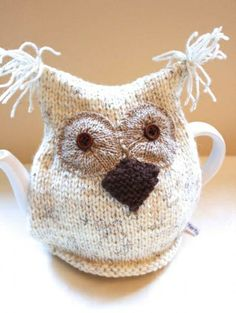 Free Knitting Pattern For Owl Tea Cosy : Teapot covers on Pinterest Tea Cosies, Tea Cozy and ...