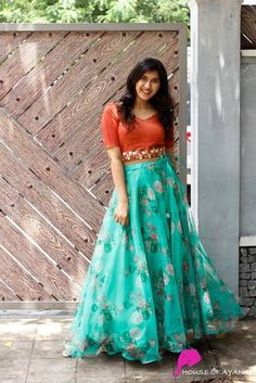 Party Wear Long Gowns, Party Wear Indian Dresses, Designer Party Wear Dresses, Indian Fashion Dresses, Long Skirt Top Designs, Long Skirt And Top, Long Dress Design, Long Gown Dress, Lehnga Dress