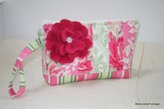 Looking for a cute accessory for summer? They make great gifts, too! Cute Handbags, Diaper Bag, Great Gifts, Fancy, Crafty, Purses, Sewing, Summer, Vintage