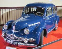 Voici les Panhard produites depuis 1945 d'après l'exposition magnifique réalisée pour le salon Auto Rétro de Rouen 2011. Dyna X 86 dite Dyna 120 ; cylindrée 745 cm3, 120 km/h Dyna 120 découvrable production 1950 à 1953 et maintenant la Dyna X86 cabriolet...