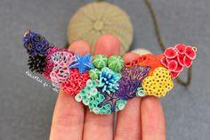 PetitPlat Miniatures by Stephanie Kilgast: Miniature Coral Reef Jewelry - Summer is Coming Polymer Clay Kunst, Polymer Clay Figures, Fimo Clay, Polymer Clay Charms, Polymer Clay Projects, Polymer Clay Creations, Clay Crafts, Polymer Clay Jewelry, Coral Reef Craft