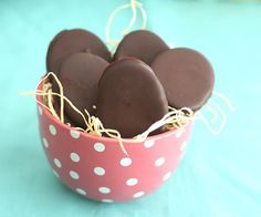 Peanut Butter Eggs – Low Carb and Gluten-Free   All Day I Dream About Food
