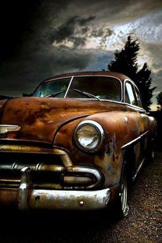 Old car santiago di cuba