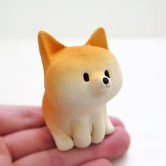 Shiba Inu figurine of Ceramics A osuwari Mini by Sirosfunnyanimals