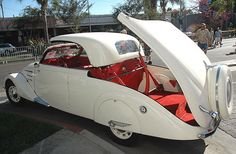 1938 Peugeot 402 Eclipse DeCapotable,,,and people think the hard-top convertible is something new.