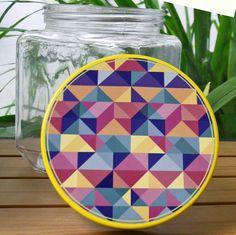 Geometric pattern decorative jar