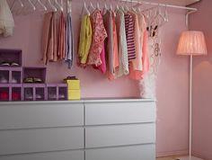 Schlafzimmer Broschüre Ikea Source by room design Walk In Closet Ikea, Closet Bedroom, Home Bedroom, Bedroom Decor, Malm Dresser, Closet Designs, Dressing Room, Home Organization, Home Furniture