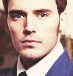 Sam Claflin is such a nice guy... he answered a bunch of questions on Twitter again. <3 him