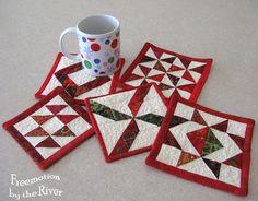 Christmas mug rugs @Freemotion by the River
