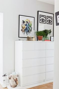 Don't miss the opportunity to get the coolest room design in the world! Find out some ideas to renew your bedroom decor. Ikea Furniture, Furniture Sale, Furniture Buyers, Furniture Design, Home Bedroom, Diy Bedroom Decor, Bedrooms, Ikea Malm Dresser, Minimalist Home Decor
