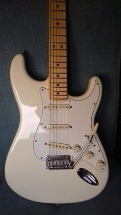 2015 Fender USA Standard Stratocaster in Olympic White with Maple Neck - for me, the best looking strat.