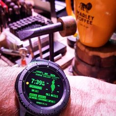 Samsung Gear S3 Frontier with PipBoy watch face