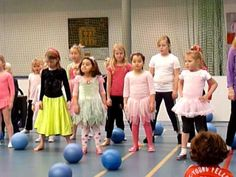 Ballendans Movement Activities, Music Classroom, Music Education, My Music, Balloons, Drama, Gym, Teaching, Youtube