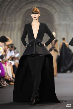 Stephane Rolland HOUTE COUTURE 2011/2012 @}-,-;--