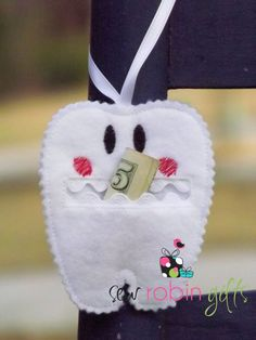 Tooth Fairy Pouch Felt. $5.25, via Etsy.