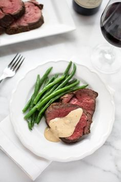 Beef Tenderloin with Cognac Cream Sauce: Juicy slices of Beef Tenderloin with Cognac Cream Sauce make an elegant and impressive centerpiece to any special occasion dinner. Meat Recipes, Cooking Recipes, Game Recipes, Easter Dinner Recipes, Beef Recipe Dinner Party, Easter Brunch, Beef Tenderloin, Roast Brisket, Pork Roast