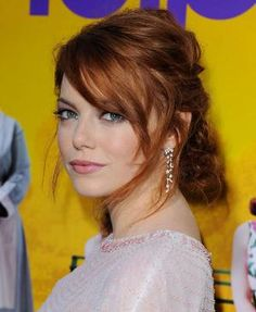 Emma Stone in Updo HairStyles | HAIR STYLE | Women's Hairstyles, Men's Hairstyles, Celebrity Hairstyle Makeup