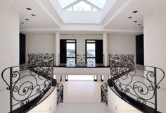 Mallorca Properties: 5 bedroom, 5 bathroom spectacular first line villa for sale near Puerto Portals Mallorca
