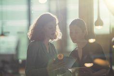 Fondamental pour booster une carrière, le réseau est l'une des clés de la réussite professionnelle. À l'heure ou se tient à Deauville le Women's Forum, aussi appelé « Davos des Femmes », Madame Figaro a dressé la liste des 20 réseaux les plus importants parmi les 400 structures existantes.