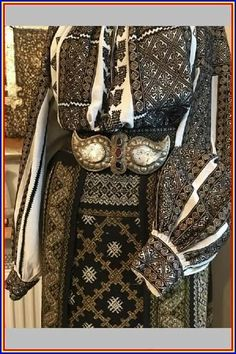 Hungarian Embroidery, Folk Embroidery, Shirt Embroidery, Embroidery Patterns, Fashion Art, Fashion Design, Womens Fashion, Folk Clothing, Fashion Illustration Vintage